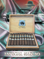 The House of Lucky Cigar Especial Maduro Perfecto Box Press